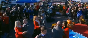 2014-10-09 Canada AM At St. Jacobs Farmers Market 09
