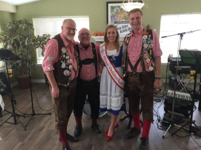 20161022 The Court At Laurelwood Oktoberfest