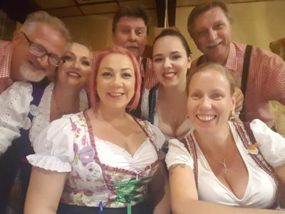 2017-10-11 With The Concordia Club Schenke Waitresses
