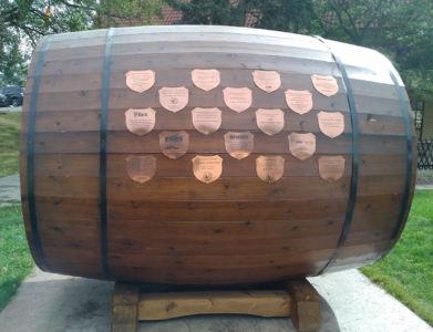 Concordia Club 150th - Plaque Barrel 02